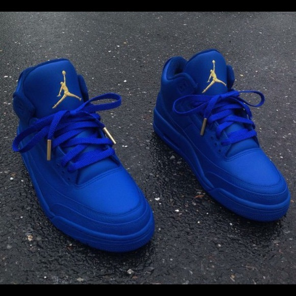 new product 5c6cf aeacf Jordan 3s in blue and gold!